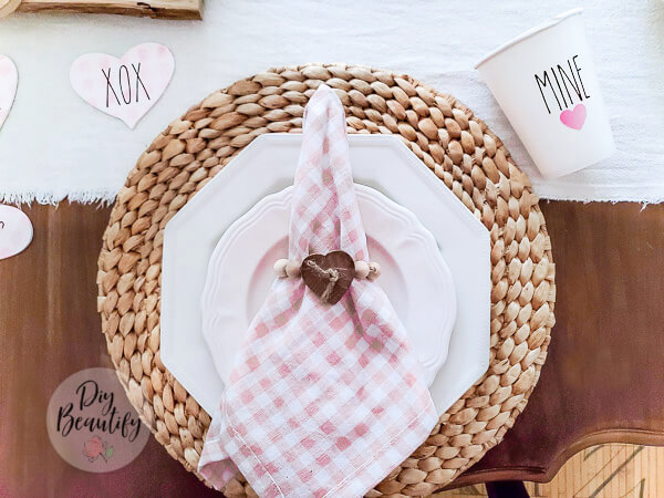pink gingham napkin and DIY napkin ring