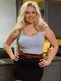 Julia Ann Physical Appearance