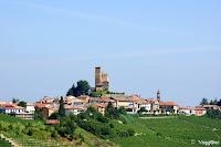 Serralunga d'Alba ed il suo castello