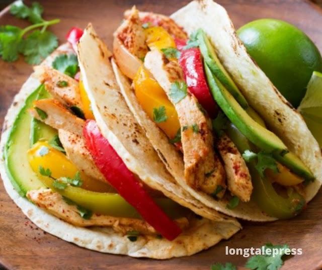 Slow Cooker Chicken Fajitas - Longtalepress.com