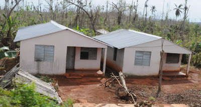 Varias viviendas cuentan con cubiertas más resistentes que las destruidas por los vientos de Matthew