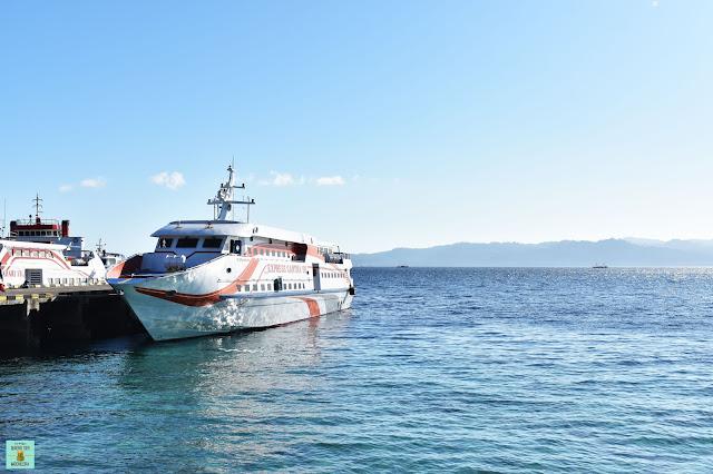 Ferry a Pulau Saparua en Tulehu (Ambon)