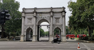 Hyde park, Marble Arch.
