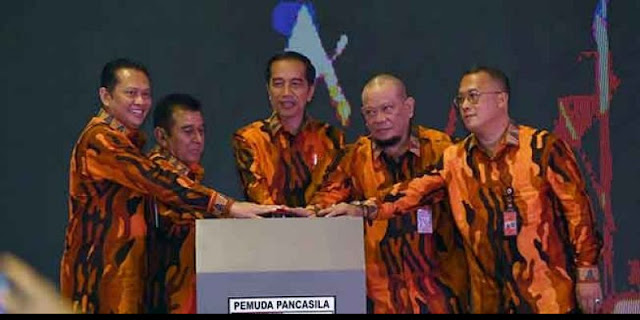 Pernyataan Jokowi Bukti Parpol, Relawan dan Ormas Selama Ini Omong Kosong Saja