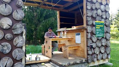 Das Taubenteichbiwak - eine faltbare Hütte