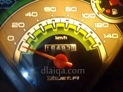 odometer saat isi bahan bakar di Merak, Banten