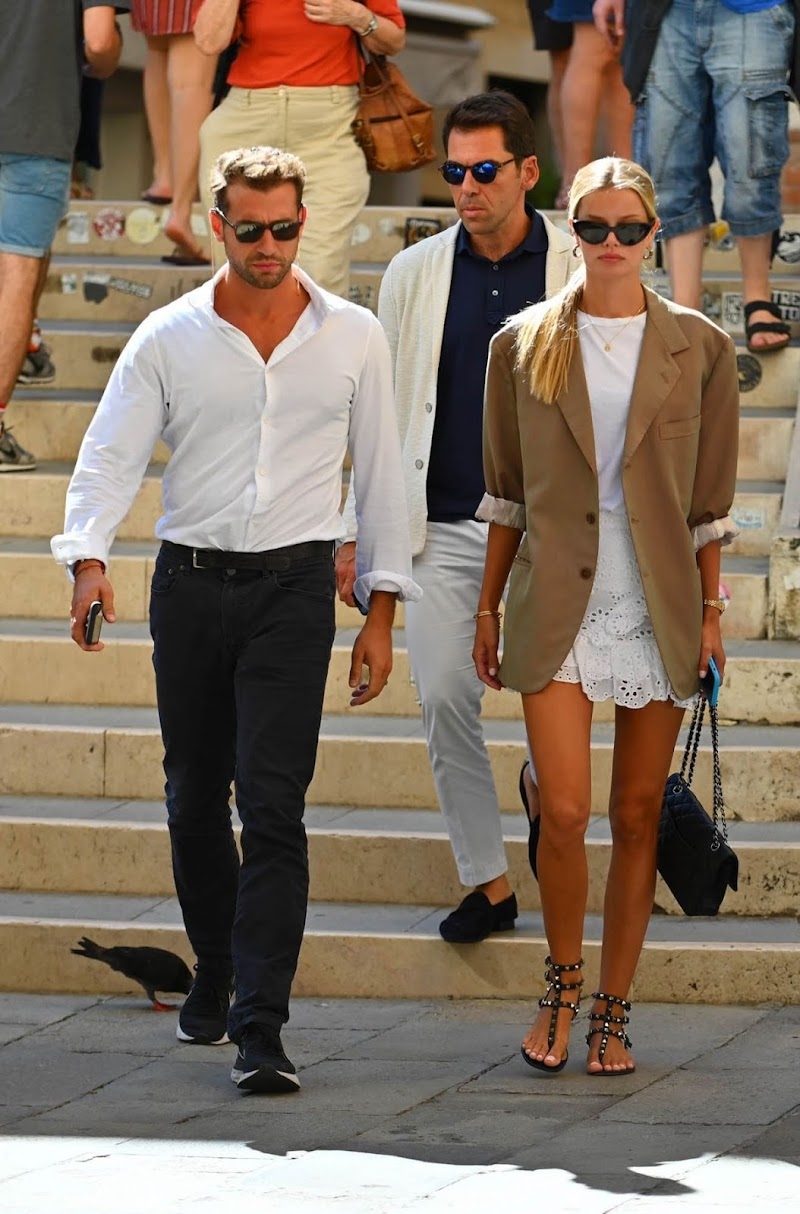 Frida Aasen and Tommy Chiabra clicked Outside in Venice 1 Sep -2020