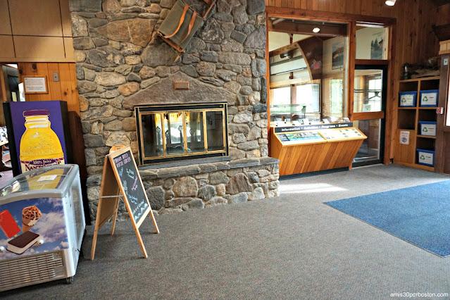 Pinkham Notch Visitor Center (AMC), Appalachian Mountain Club
