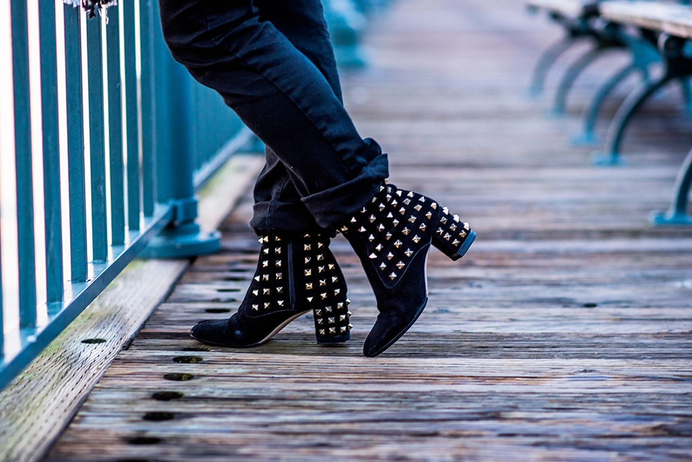 Crystal Phuong- Fashion Blog- Valentino studded boots