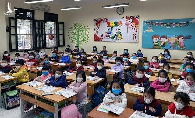 Sinh viên tiếp tục nghỉ, học sinh chuẩn bị vào học