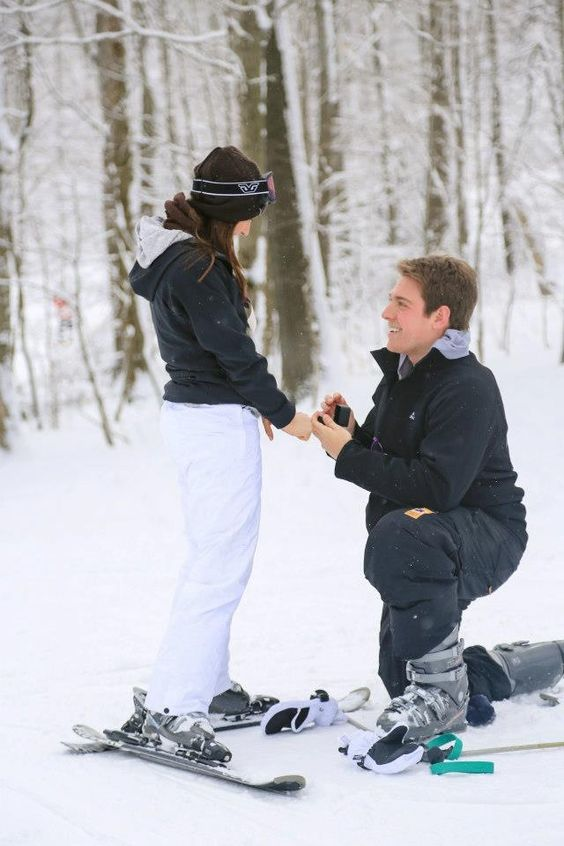Winter Romantic Time to Propose-3