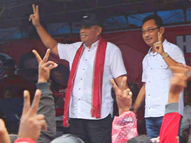 Murad Ismail-Barnabas Orno Siap Dilantik Jokowi di Istana Negara