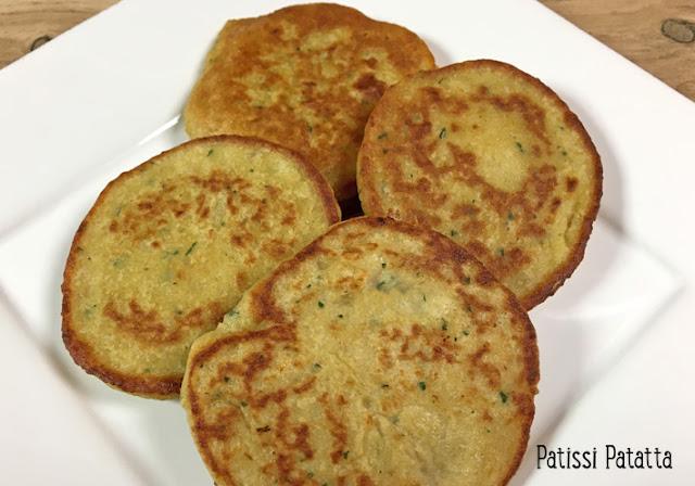 recette de galettes de pois chiches, pois chiches, pois chiches en galette, galettes de légumes, végétarien, cuisiner des pois chiches, légumes, accompagnement, recette végétarienne, patissi-patatta