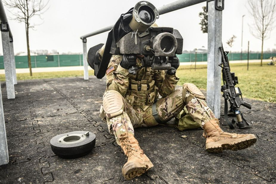 United_States_could_deliver_Javelin_anti-tank_missiles_to_Ukraine_this_year_925_001.jpg