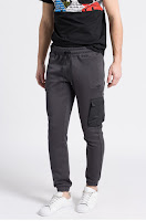 pantaloni-sport-barbati-adidas-originals11