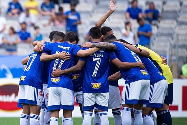 Moral: Emissora detentora dos direitos de TV quer transmitir alguns jogos do Cruzeiro na Série B aos domingos