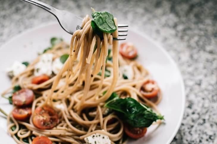 hrana-tjestenina-brzi-ručak-farfale