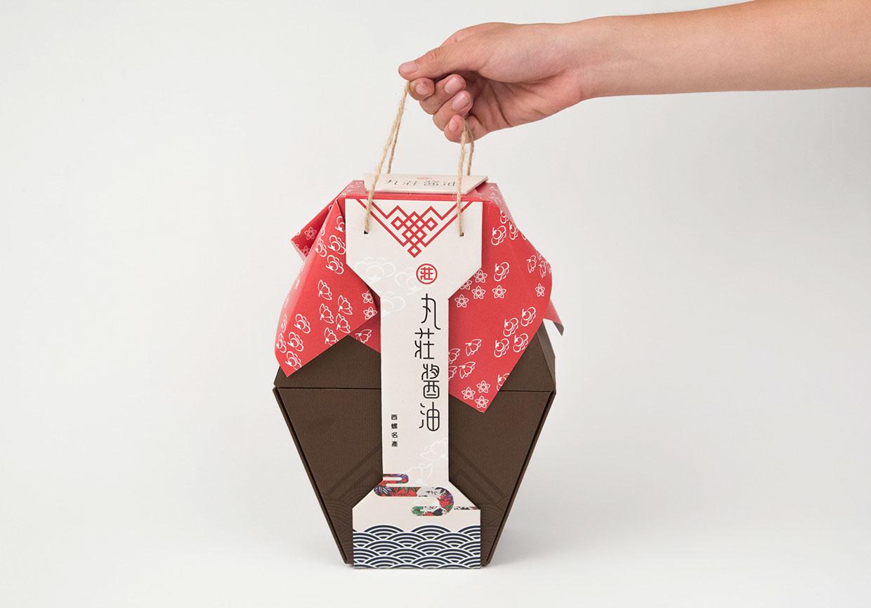 丸莊醬油 Soy Sauce Packaging On Packaging Of The World