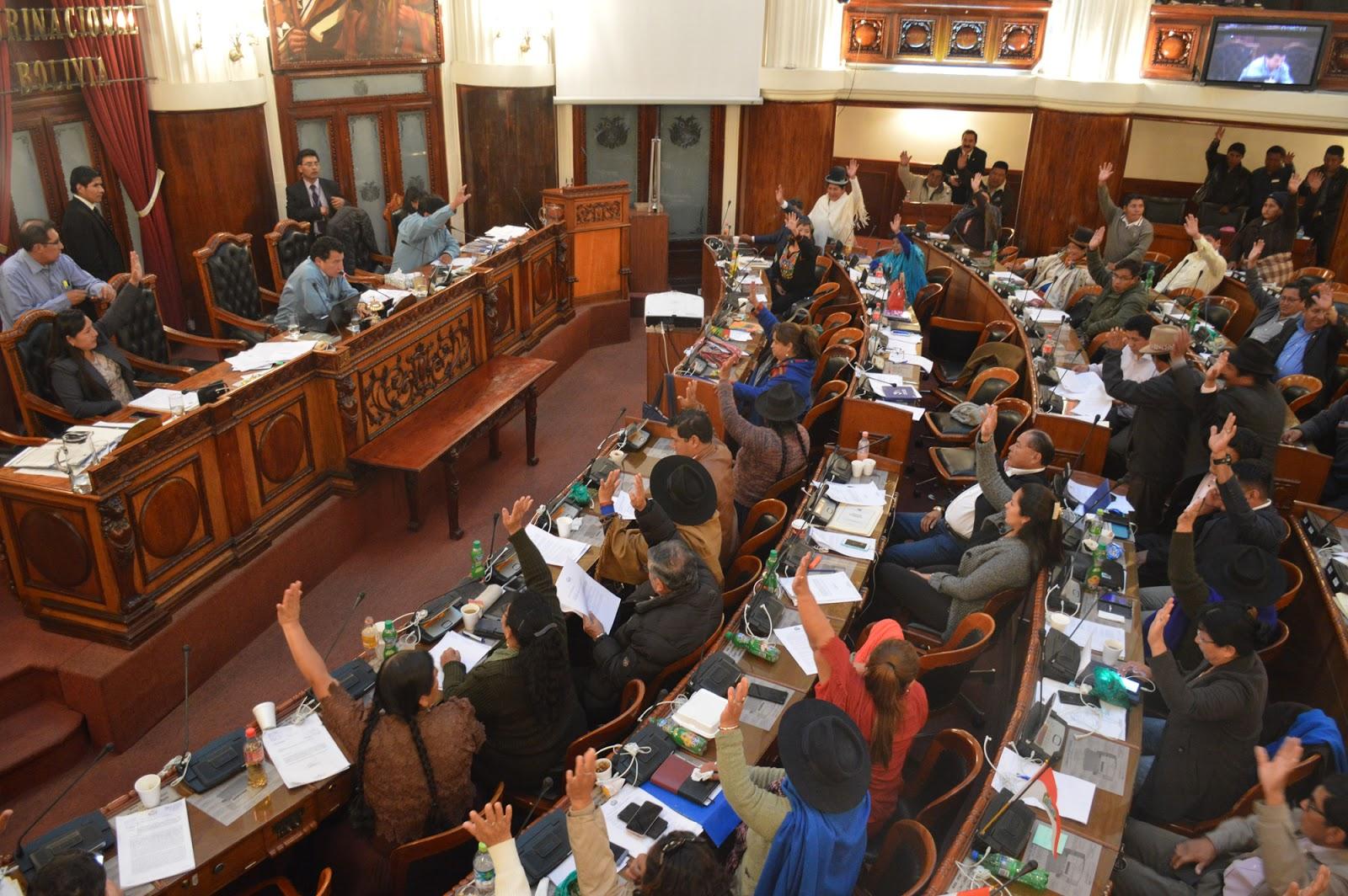 Diputados analizarán cada una de las 13 leyes que incluyeron la obligación de difundir mensajes gratuitos en medios de comunicación / DIPUTADOS