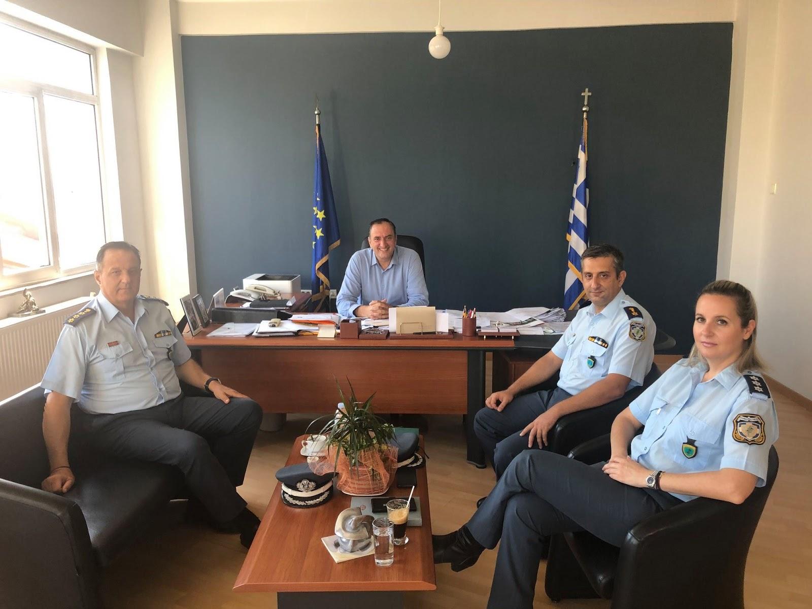 Επίσκεψη Αστυνομικού Διευθυντή Λάρισας στο Δήμαρχο Τυρνάβου