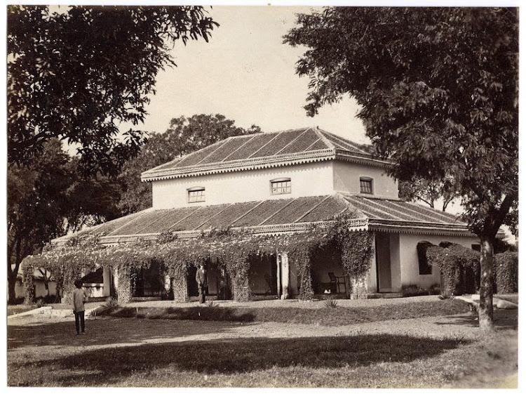 European Bungalow somewhere in India - c1880's