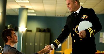Chris Pine şi Kevin Costner în Jack Ryan