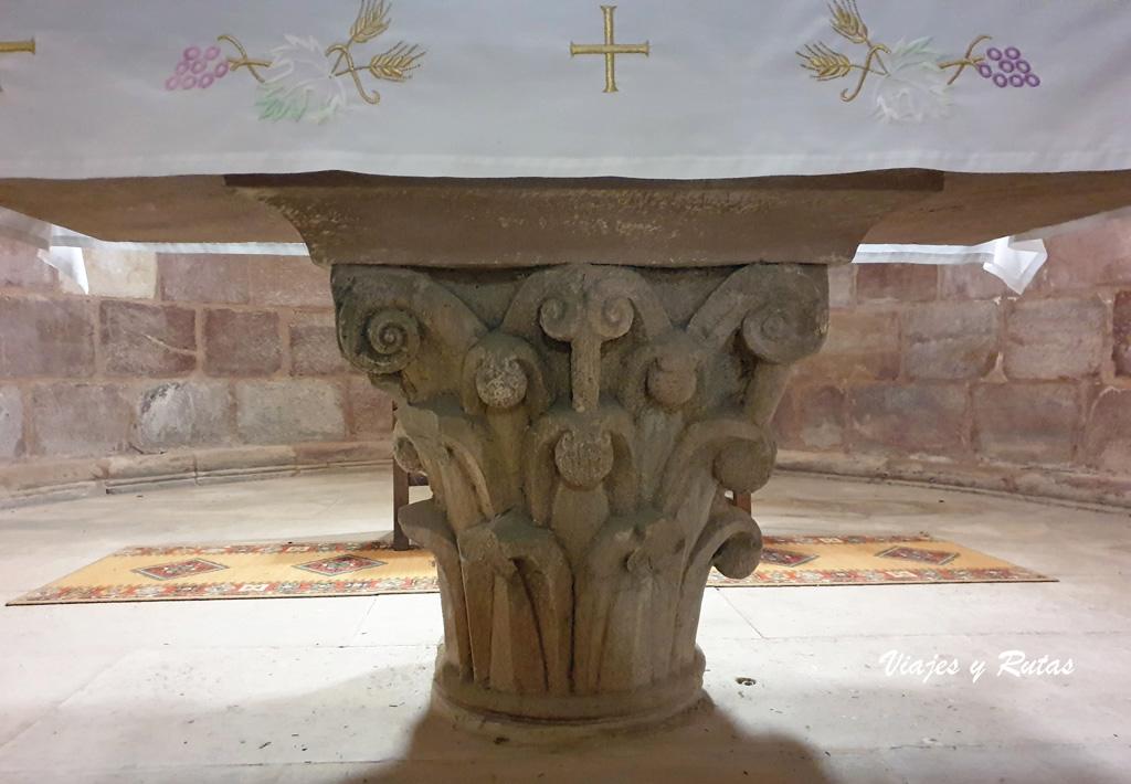 Altar del Monasterio de Santa María de Mave