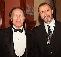 Javier Marías y Pérez Reverte fotografiados por Quim Llenas en la RAE