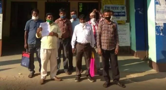 अखिल भारतीय आदिवासी बिकास परिषद खटरा में पंडित रघुनाथ मुर्म संताली माध्यम विश्वविद्यालय की मांग कर रहा है..