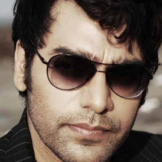 Ashutosh rana movies, wife, age, image, family, biography