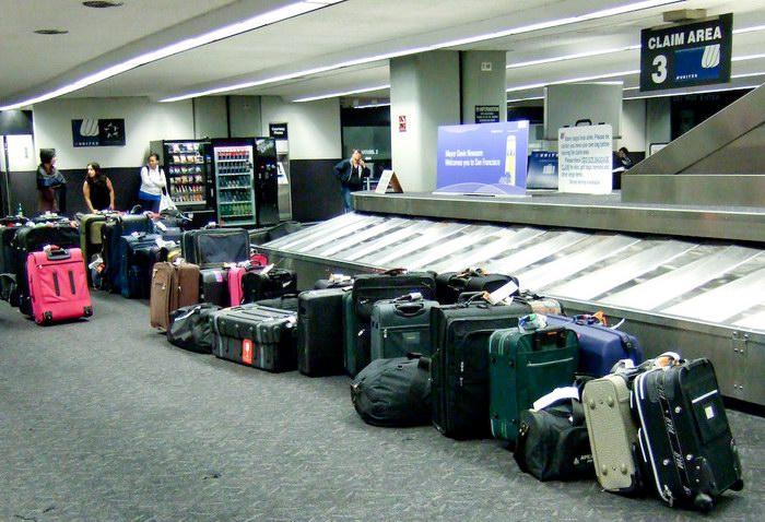 أمور لا تفعلها عند حزم الحقائب المسجلة أو الأمتعة المشحونة