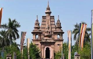 Mulagandha Kuti Vihar Buddhist tourism