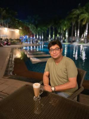swimming pool in Ibiza Spa and Resort Kolkata