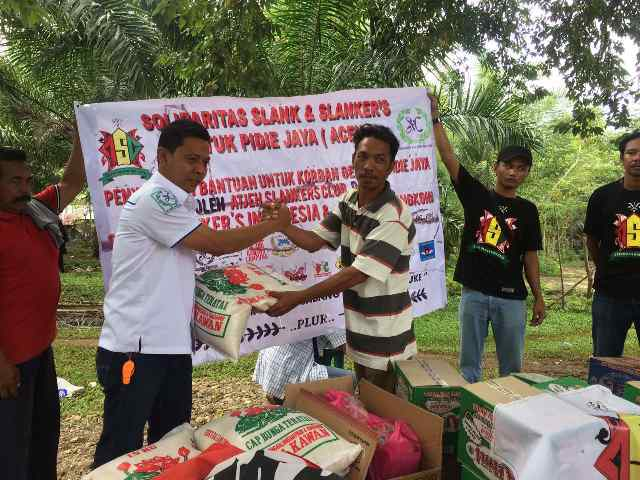 Slankers Bantu Korban Gempa Pidie Jaya Rp37,7 Juta