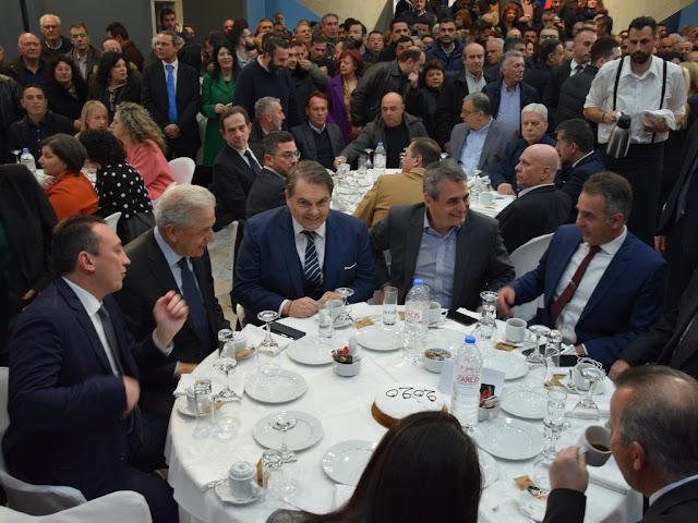 Στην κοπή πίτας του πολιτικού γραφείου του Κώστα Βλάση στην Τρίπολη ο Δημήτρης Καμπόσος (βίντεο)