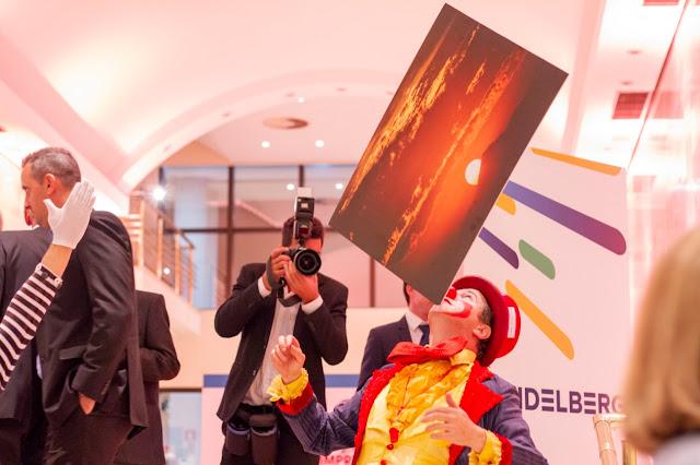 Atração Palhaço de Humor e Circo para recepção de eventos de exposição de marca.