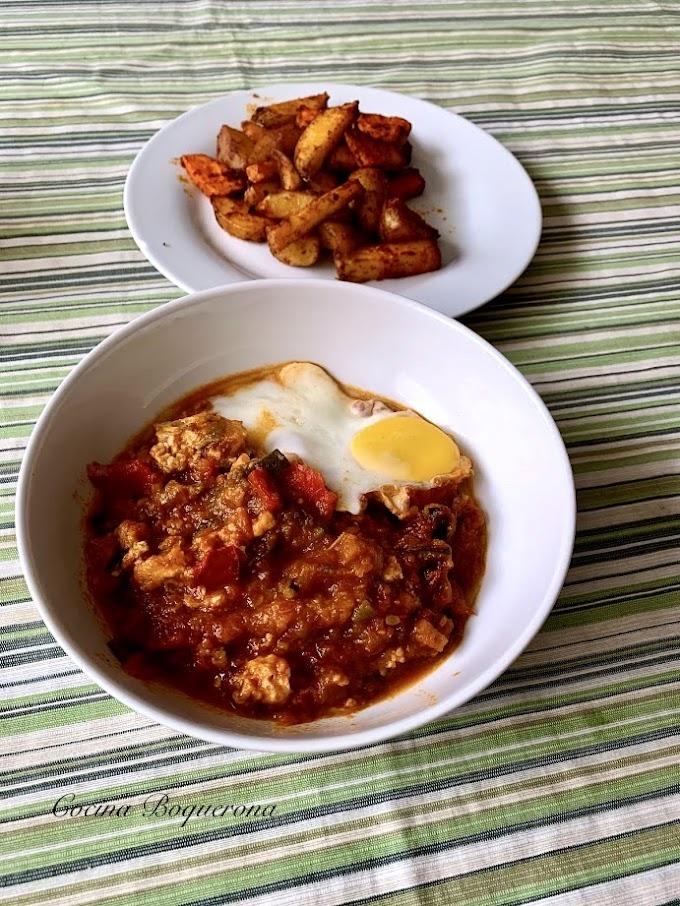 Pisto con patatas y huevo ( poché o cuajado)