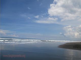 Tempat Wisata Pantai Pengeragoan Jembrana Bali