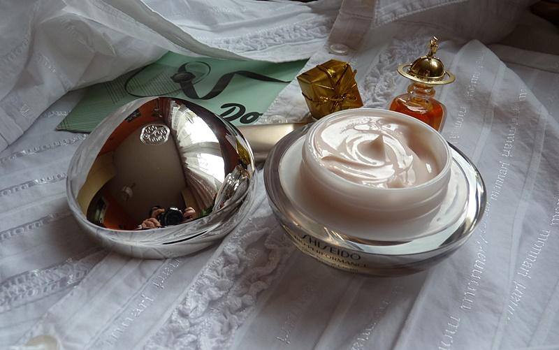 Shiseido Bio-Performance Glow Revival Cream Krem do cery dojrzałej na naczynka