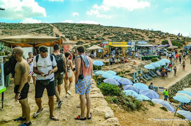 Serviços e estrutura na Lagoa Azul de Malta