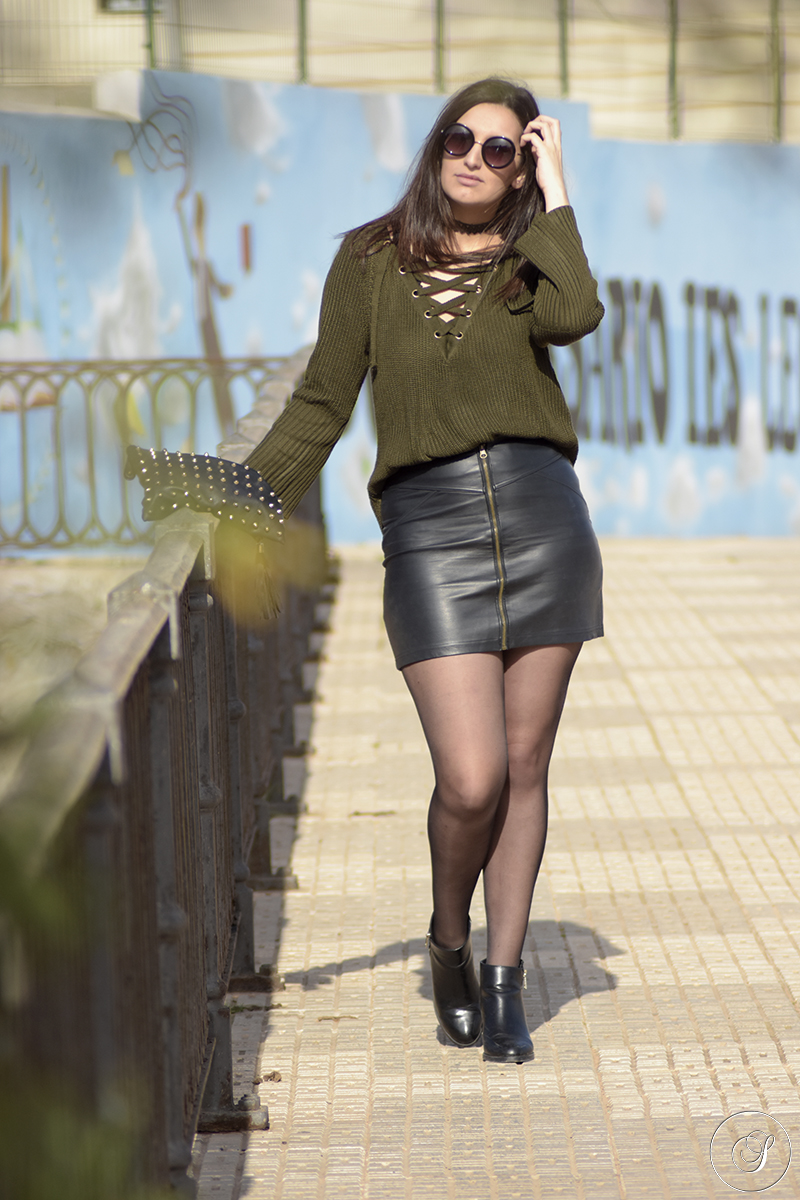 Street Style Legwear Looks Zapatosnegros Blogspot Co Uk