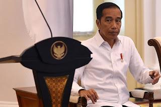 Jokowi Diminta Memilih: Tunda Pilkada atau Tetap Digelar tapi Lockdown Total