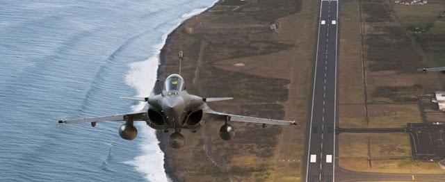 Στη... «φωλιά» των Rafale: 3 χειριστές Mirage και ένας από τα F-16 επέλεξε το ΓΕΑ