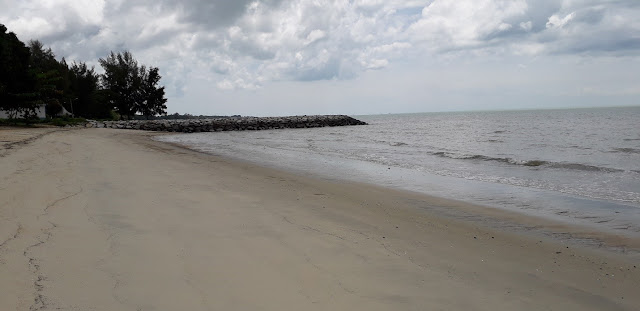 Pantai Sungai Tuang
