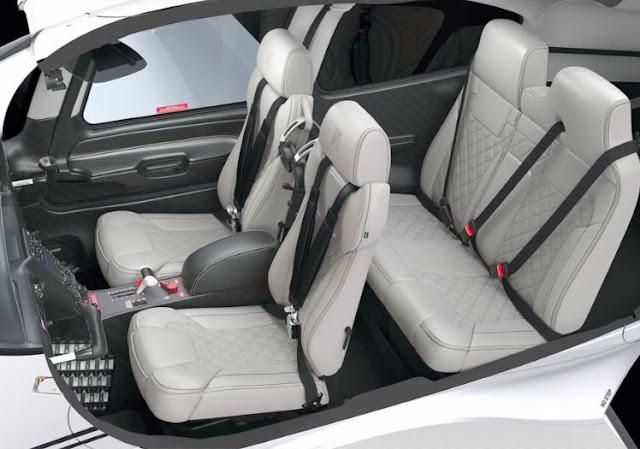 Cirrus SR22 interior