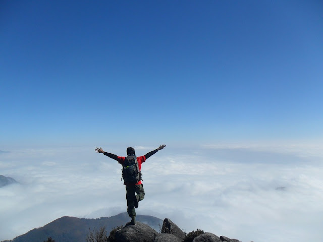 Conquer 3,000m Bach Moc Luong Tu Mount 2