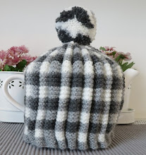 Farmhouse tea cosy