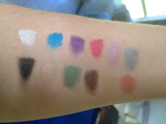 Swatches of the Sleek i-Divine Primer Palette