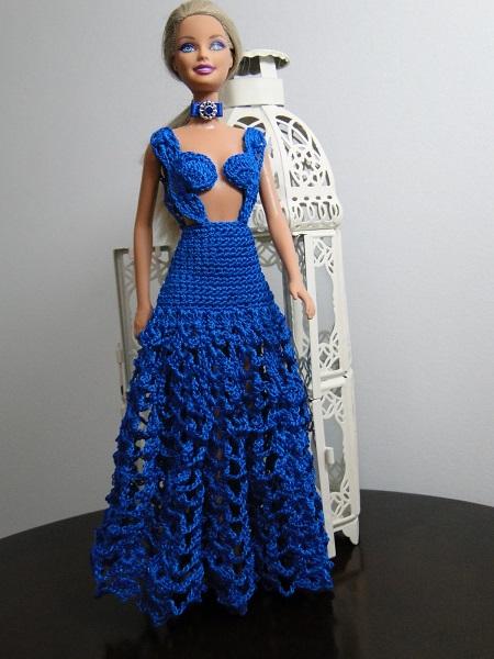 Vestido longo de crochê para Barbie  criado e confeccionado por Pecunia MillioM