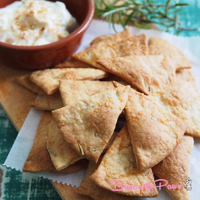 Crispy Sourdough Cheese Crackers